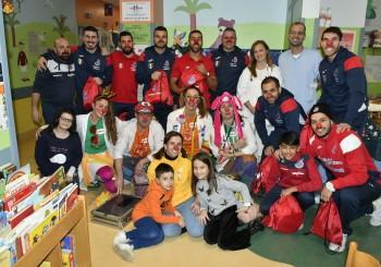 I gol più belli dell'Italservice: i sorrisi dei bambini all'ospedale San Salvatore