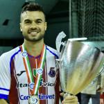 De Oliveira con la Supercoppa Italiana