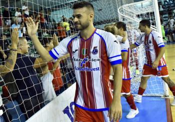 Julio De Oliveira e l'Italservice Pesaro insieme fino al 2022